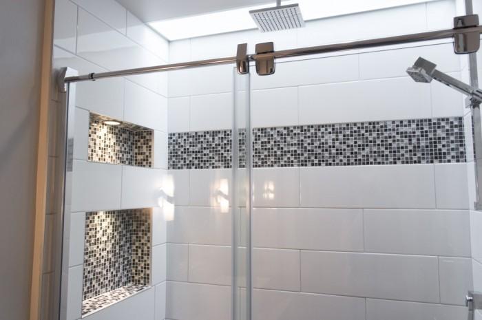 Une douche ensoleill e - Radio de salle de bain design ...